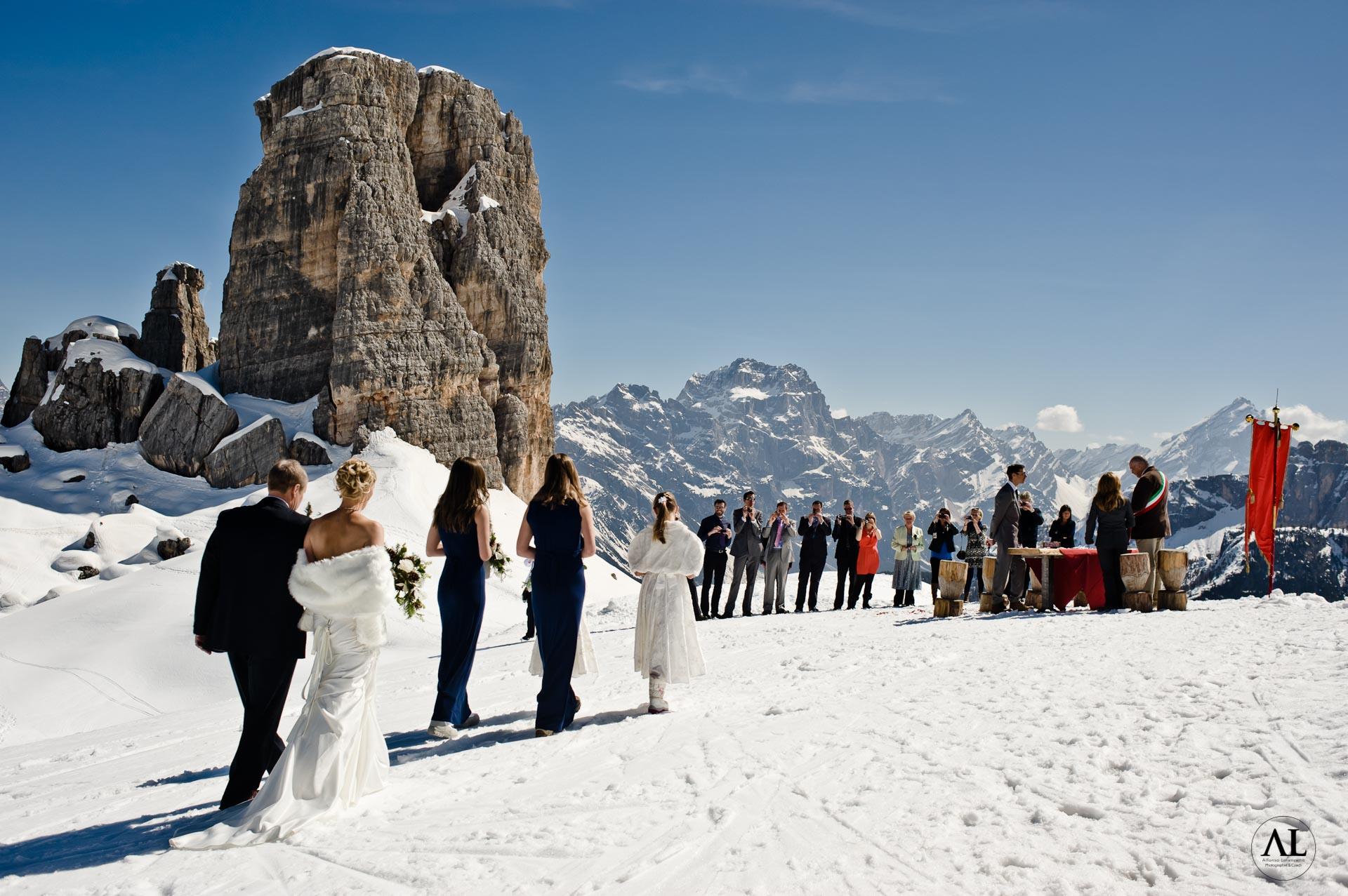 Matrimonio civile sulla neve delle dolomiti